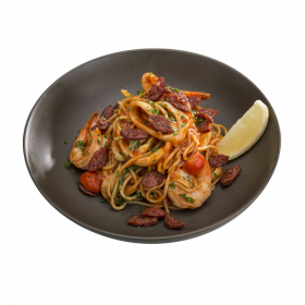 Prawn, Calamari and Chorizo Spaghetti (4925kJ)