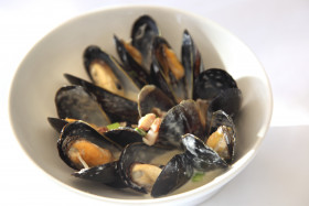 Pancetta Roasted Mussels