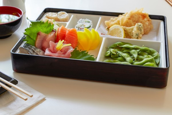 Seiko Japanese Retaurant_Sashimi Lunchbox_Native